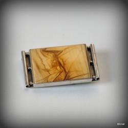 27. Srebrna broszka z jaspisem