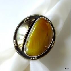 158. Srebrny pierścionek z agatem