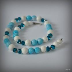 Komplet biżuterii z biało - błękitnym koralowcem